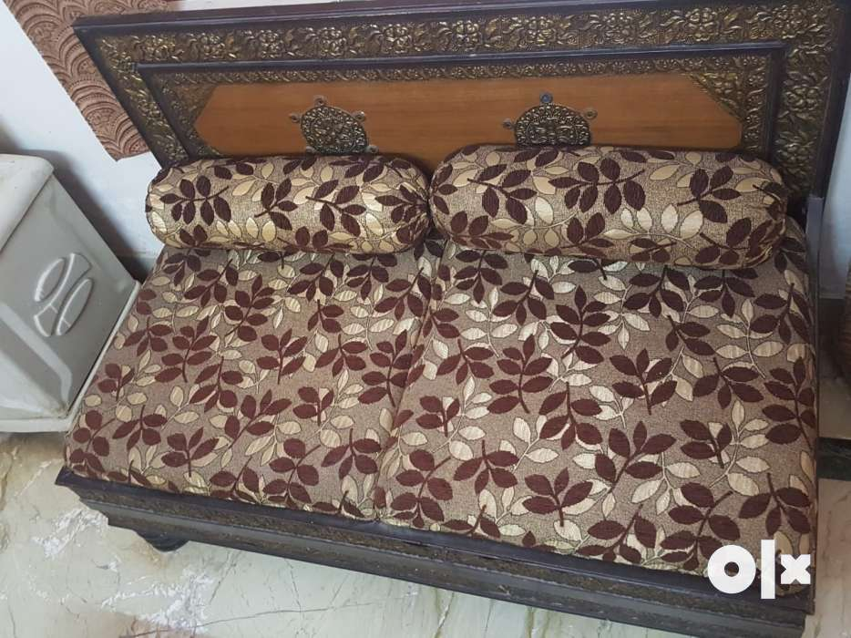 Show Only Image. 5 Seater Low Lying Sofa ...