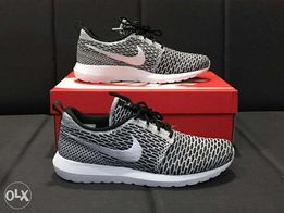 f43106b33ed6f Nike flyknit roshe - View all ads available in the Philippines - OLX.ph