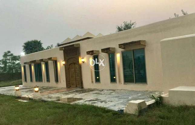1kinal upper portion 3bed attach bath for rent in Valencia town Lahore