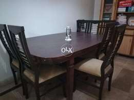 9/10 Condition Wodden Dining table Of 6 Chairs In cheap Price