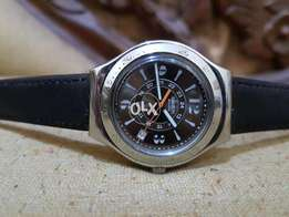 original swatch brown dial quartz