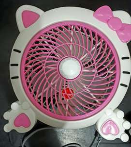 "kipas angin box  hello kitty 10""."