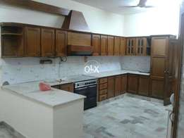 f10 single story house rent 100000