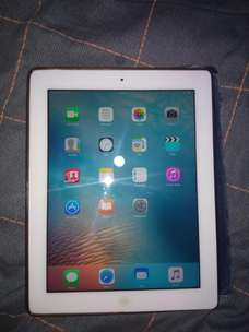 iPad 3rd Gen (iPad 3) WiFi + Cellular 32GB
