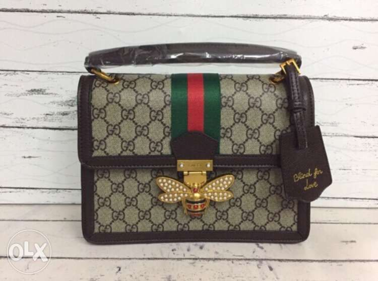 000f37e48a0 gucci bees sling bag in Taguig