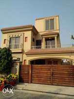 10 Marla Brand New House Best Option Available Bahria Town Lahore