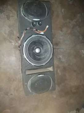 Amplifier And woofer speakers