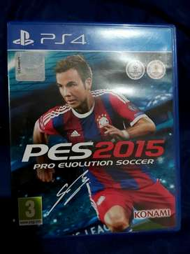 CD Game Original PS4 Pro Evolution Soccer 2015