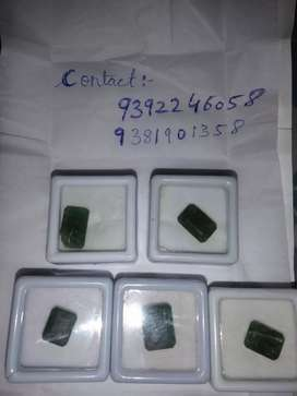Natural zambian emerald stone ( panna) can make it test in any iso lab
