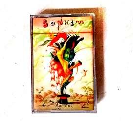 "kaset pita original segel Album Bonham ""mad hatter"". kondisi new"