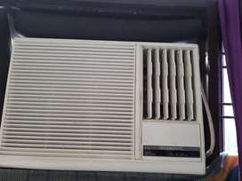 Window air conditioner O GENERAL 1 TON