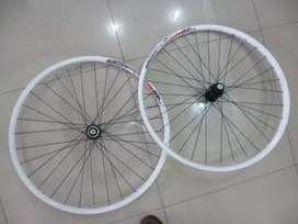 [BARU] Wheelset ALEXRIMS 26 36H centerlock Shimano Hub Freehub