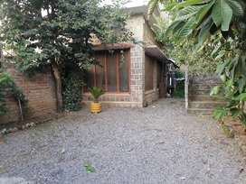 House available in the Central of jinnahabad