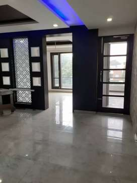 10 marla 3bhk ground floor with basement facing park sale sector 33 a