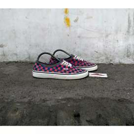 Vans checker blue red original