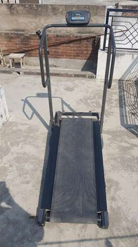 Manual trade mill - rs 3,500