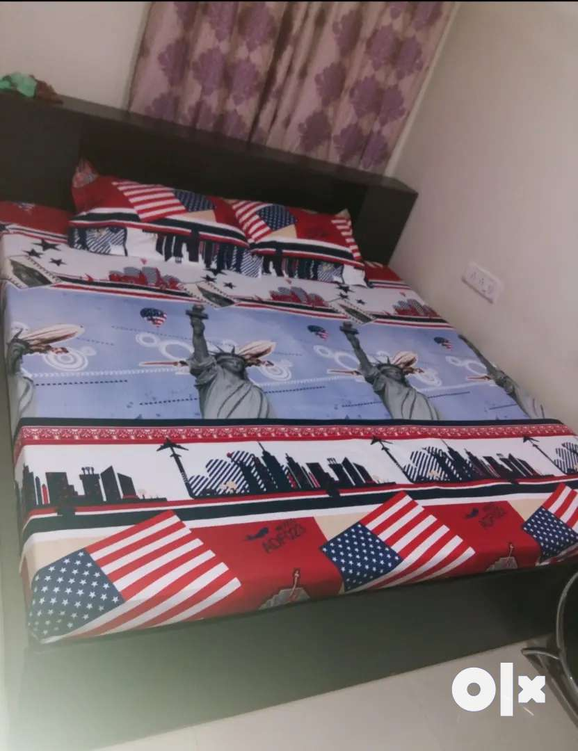 Argent sell bed