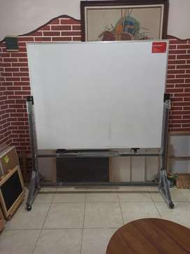 Papan tulis spidol whiteboard