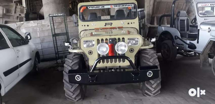 Fully loaded jeep 0
