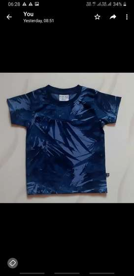 Boy's round neck t shirt