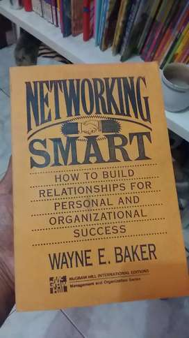 Buku Networking Smart karya Wayne Baker