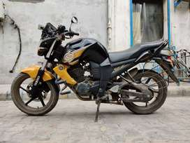 Yamaha FZS 2013 MODEL FOR SALE FIRST OWNER BIKE