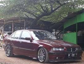 BMW 318i thn 1997 Manual