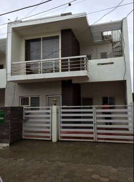 4BR House for Sale on premium location in Hoshangabad Rs. 4800000/-