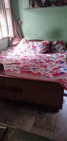 Requiredtwo girls, All furnished. /girl RS. 3000 electricity saprate.