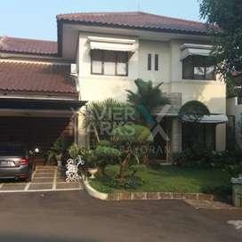 Dijual Rumah Bukit Cinere ada Kolam Renang