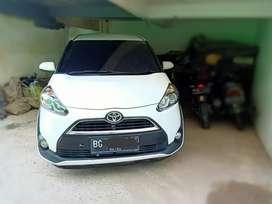 Toyota Sienta  1.5 V thn 2017 matic
