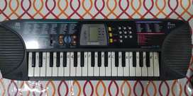 Casio Keyboard SA-65 model in perfect condition with a cover bag.