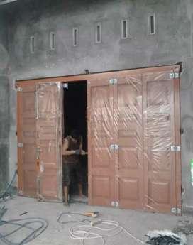 Juru pasang pintu press kayu berkualitas kerja tuntas