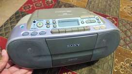 Sony Tape radio & Audio CD Player In running condition