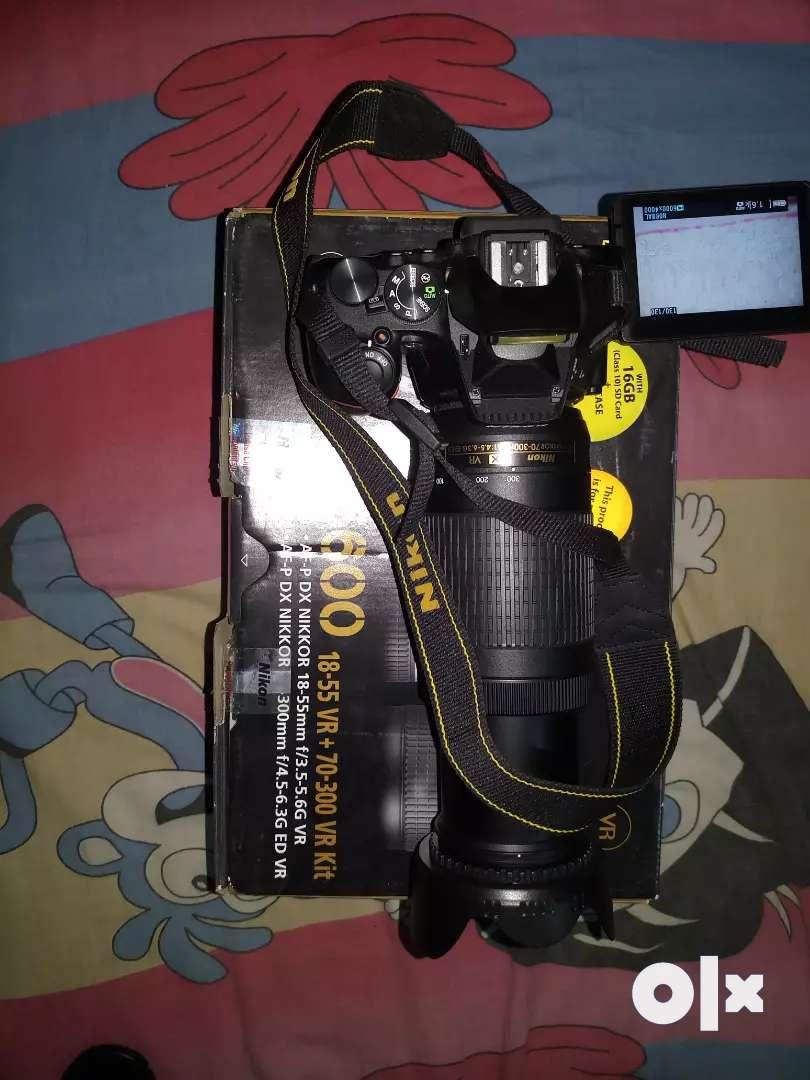 Nikon d5600 with dual lens 70-300mm lens 0