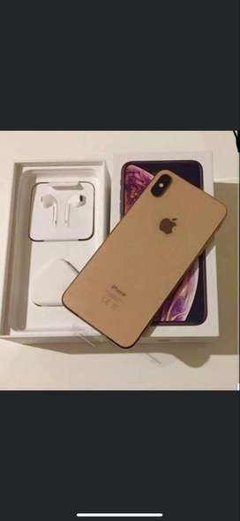 Very good design of apple i phone is available with bill box & all acc