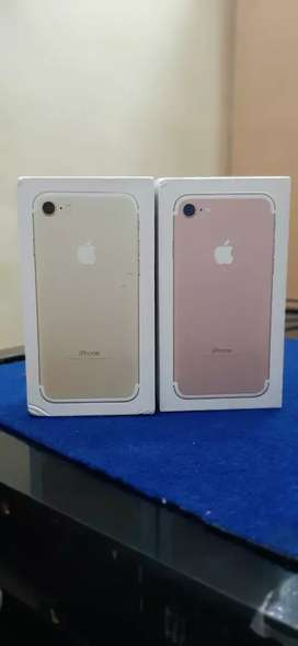 Apple iphone 7 128GB Available
