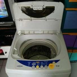 Teknisi mesin Cuci