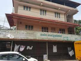 4 cent's land with commercial building vennala