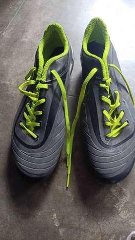 NIVIA ENCOUNTER rs499.FOOTBALL BOOTS