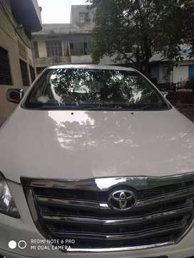 Family used innova car in excellent condition with alloy wheel,