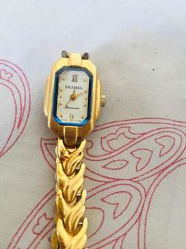 Baoshihua golden color automatic watch