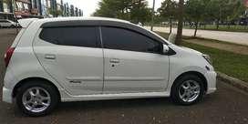 Dijual Daihatsu Ayla M Sporty 2014 Manual