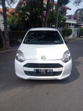 Daihatsu Ayla x th2013 manual warna putih antik