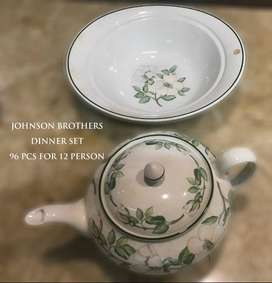 Noritake(96 pcs) & Johnson Brothers (92 pcs) Dinner Set For 12 peoples