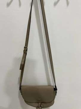 Preloved mini sling bag Korea