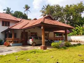 Aluva 20cent nalukett model 4000sqt house 2.25cr