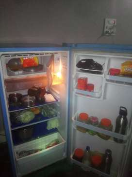 LG 185 liter  4 star fridge