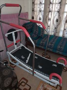 Running machine manual only 1 month used
