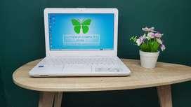 Laptop Sekolah Asus X441M Model Slim Ringan Dibawa Bepergian